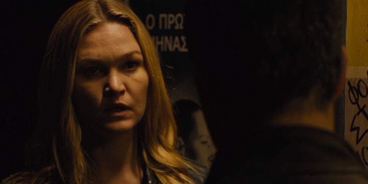 Julia Stiles Jason Bourne