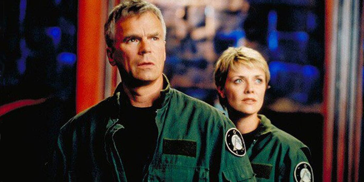 Amanda Tapping and Richard Dean Anderson Stargate SG-1 still
