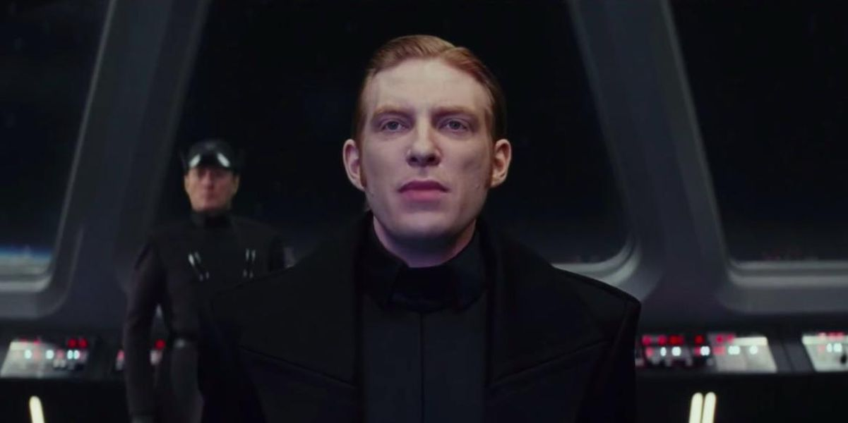 Early Star Wars 9 Script Had A Much Different Ending For General Hux
