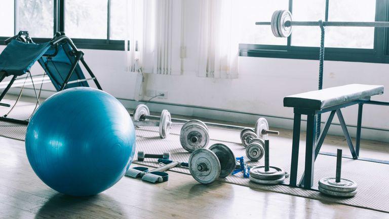 Best home gym equipment: interior of home gym