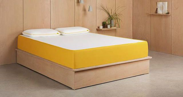 the best cheap mattress deals 2018 cheap twin queen and king size mattresses real homes. Black Bedroom Furniture Sets. Home Design Ideas