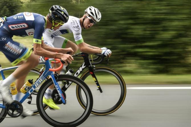 Elie Gesbert and Yoann Offredo in the breakaway
