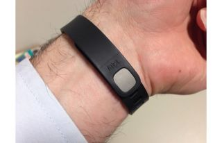 fitbit flex, fitness-tracking device