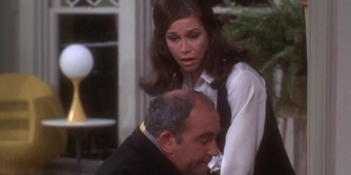 Mary Tyler Moore and Ed Asner in The Mary Tyler Moore Show