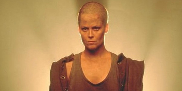 sigourney weaver wants another crack at alien