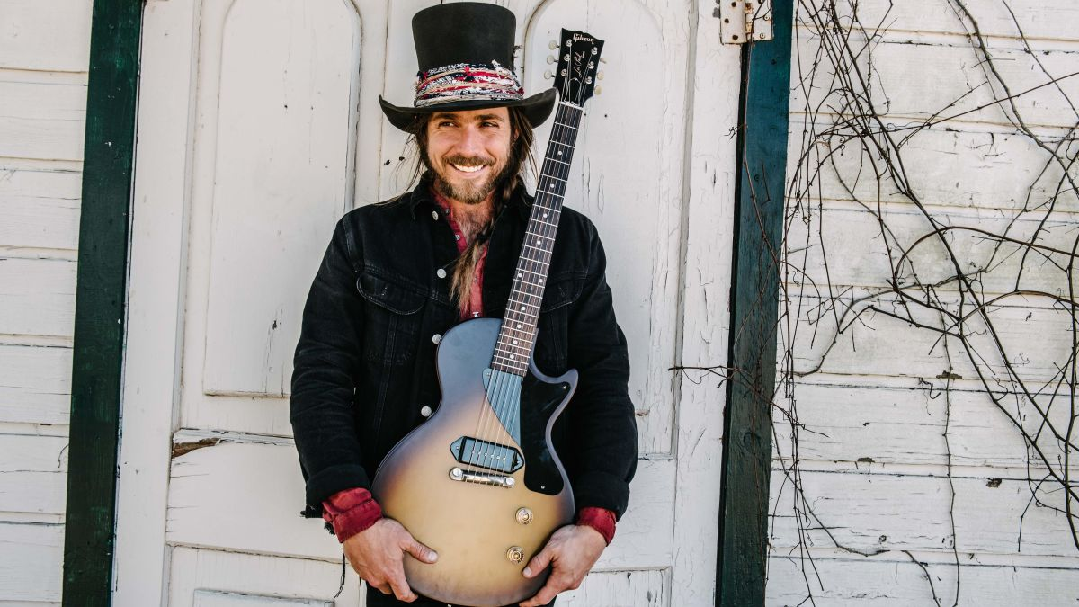 Gibson reveals signature Les Paul Junior for Neil Young guitarist Lukas Nelson