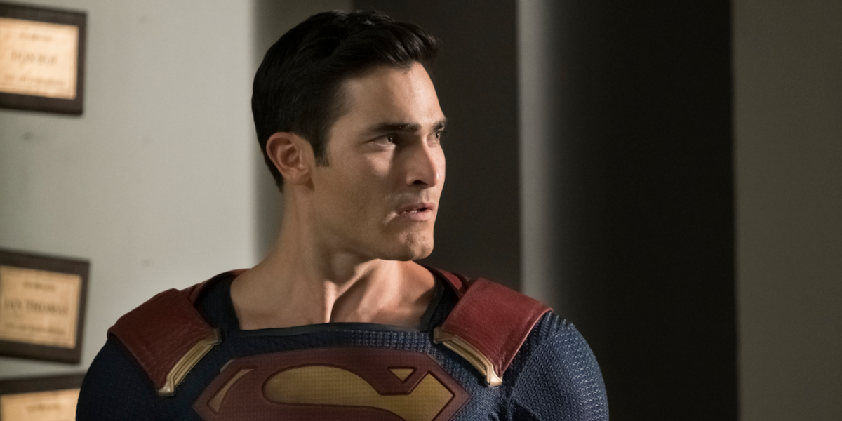 Why Superman Is Getting A New Suit For The Arrowverse's Superman And Lois Show