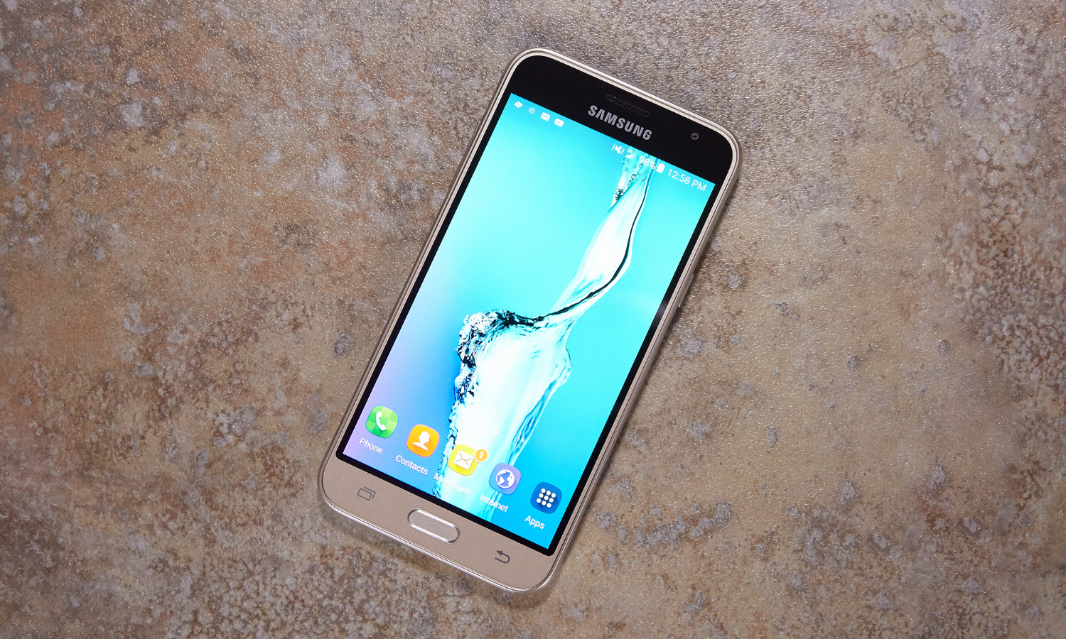 Samsung Galaxy J3 (2016): Compromised Budget Phone   Tom's Guide