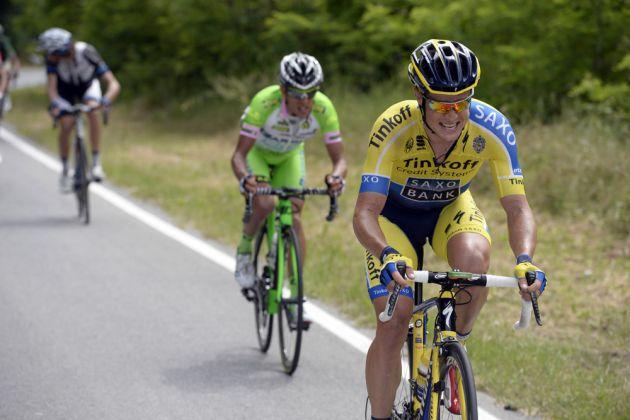 Nicholas Roche escapes on stage eleven of the 2014 Giro d'Italia