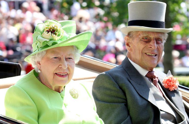 queen elizabeth hidden message brooch prince philip birthday