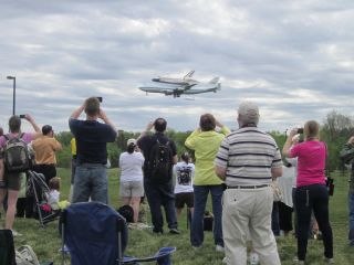 Fans Greet Shuttle Carrier Aircraft and Shuttle Discovery