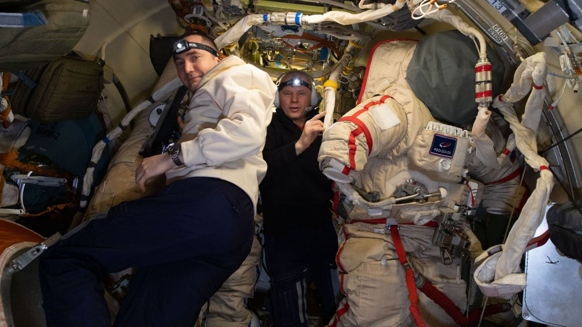 Spacewalking cosmonauts will decommission an old space station module
