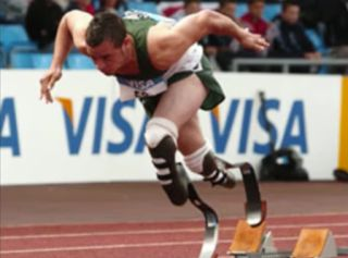 Oscar Pistorius racing prosthetic limbs