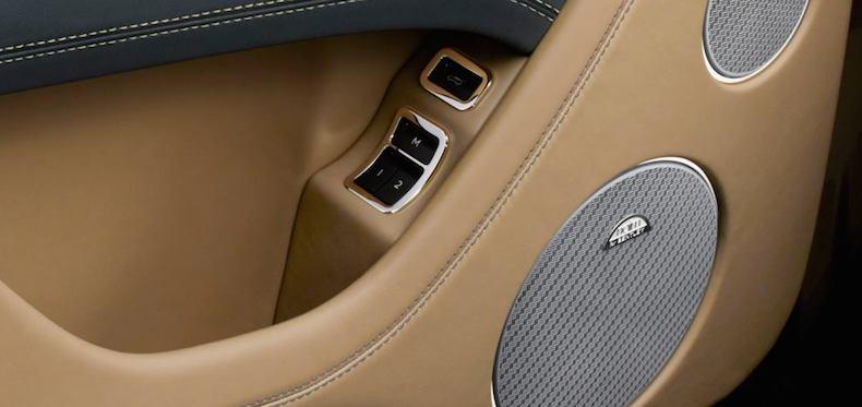En el coche suena todo bien porque ?? WzHxbn8tvWpbw7isjg2SUa