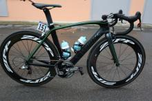 Mark Cavendish's special 100th victory Specialized Venge bike