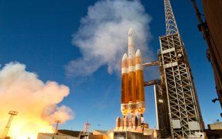 Delta 4-Heavy Rocket Launches space wallpaper