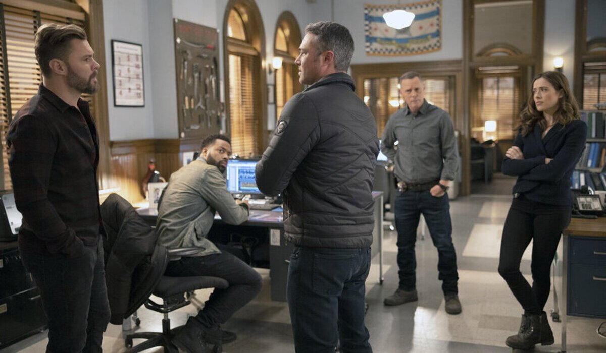 chicago fire chicago pd crossover severide intelligence