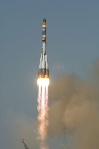 Mars 'Pregnancy Test' Orbits Earth