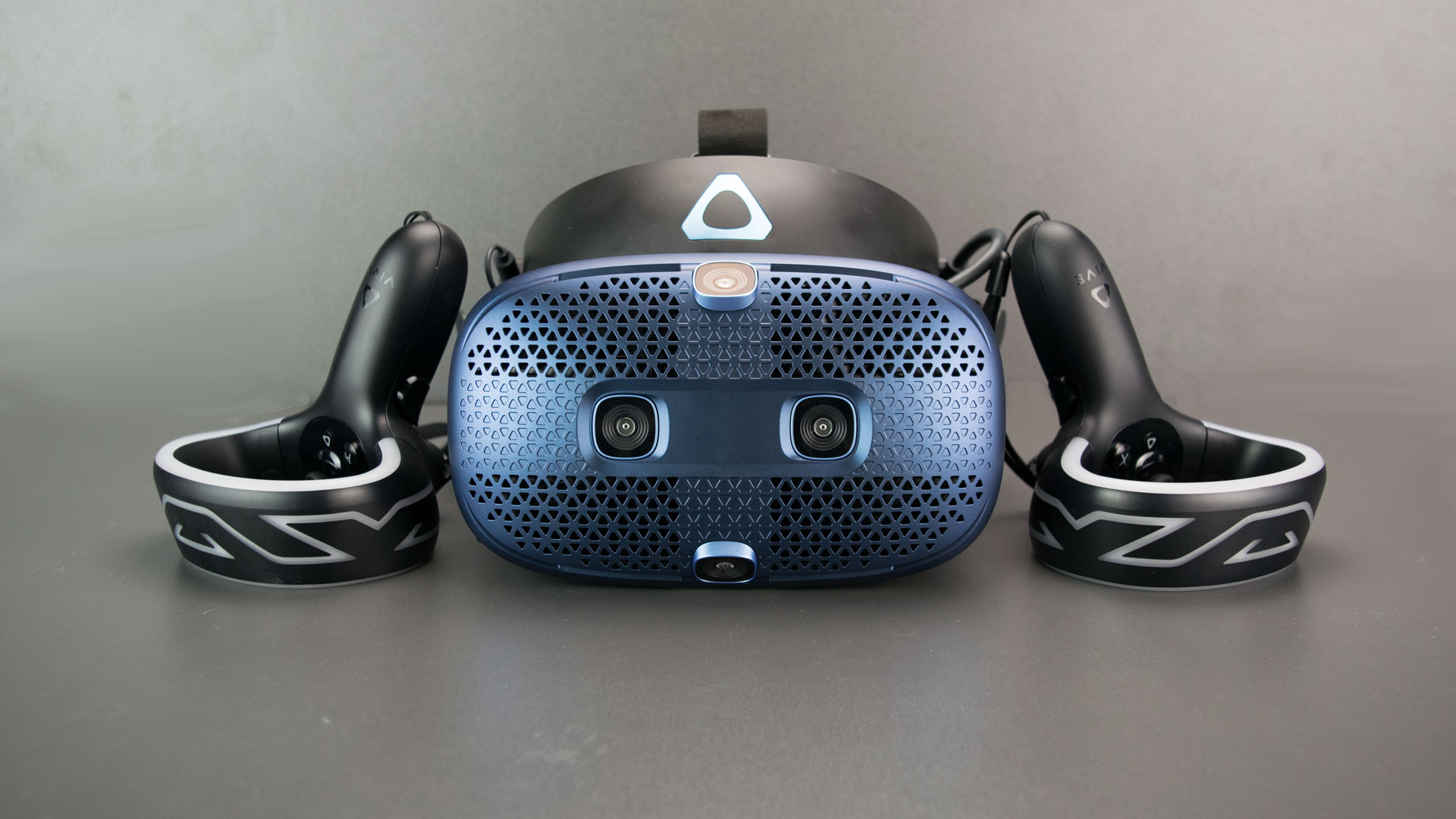 HTC Vive Cosmos VR Headset Review: Solid Upgrade Tom's