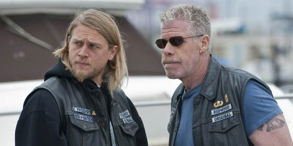 jax and clay on a dock sons of anarchy