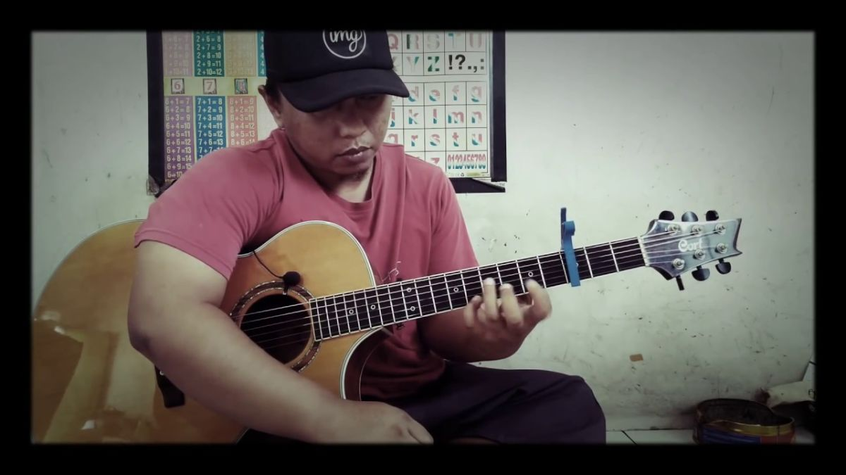 Indonesian guitarist's cover of Sweet Child O' Mine sets internet ablaze