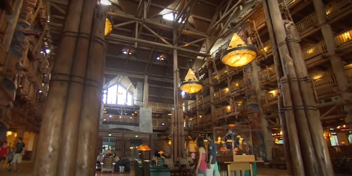 Disney's Wildnerness Lodge lobby