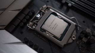The rumored non-hyper-threaded Intel Core i7-9700K smashes