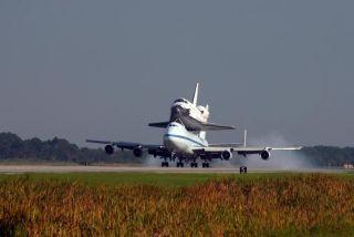 Shuttle Atlantis Returns to NASA's Florida Spaceport