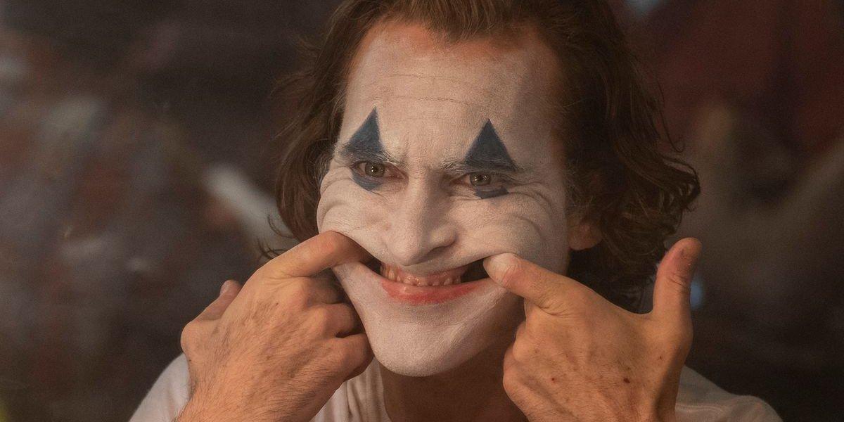 Joker Arthur tries to put on a smile