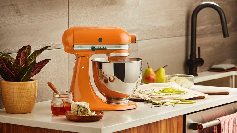 best stand mixer: KitchenAid Artisan
