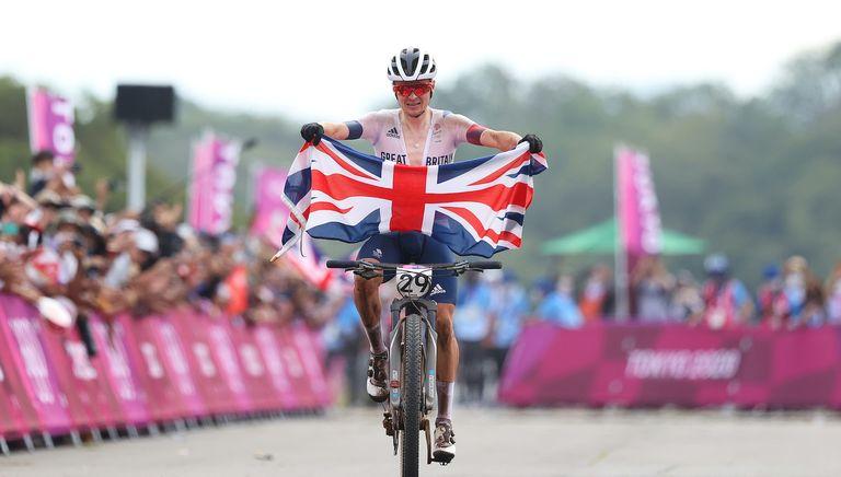 Tom Pidcock wins Olympic gold