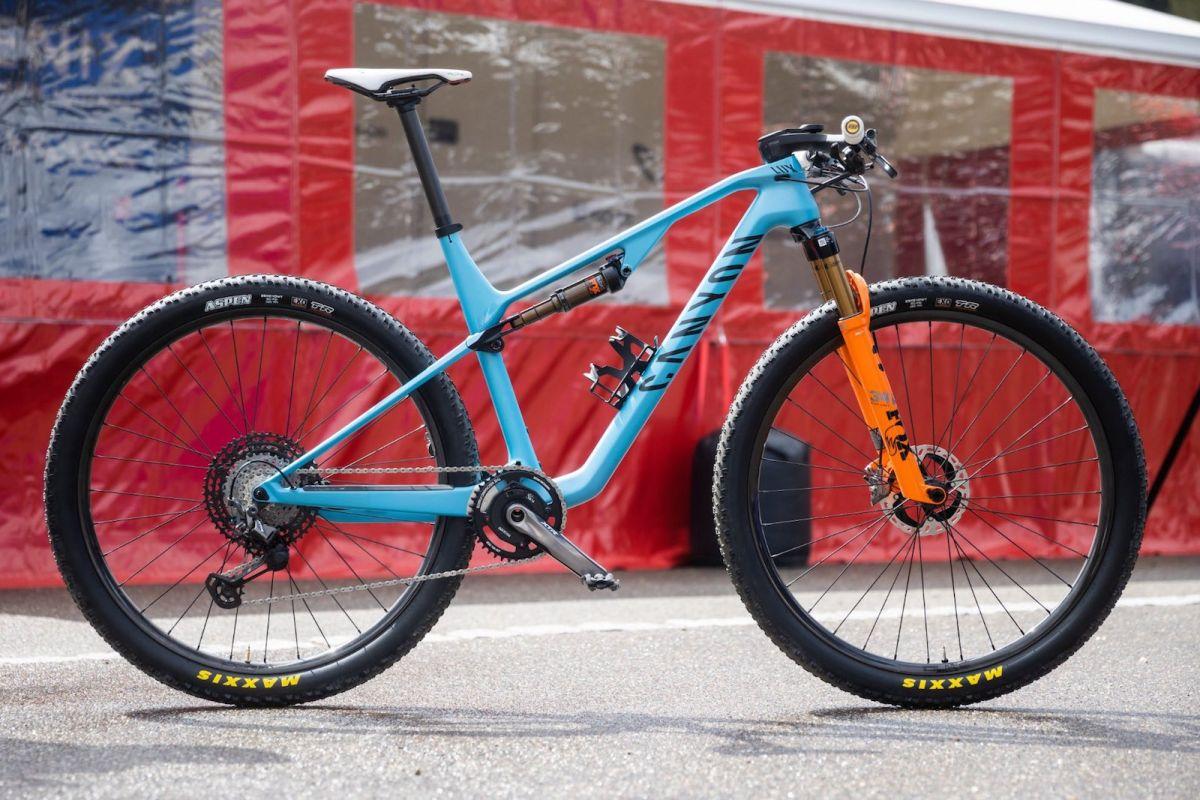 Mathieu van der Poel's World Cup race bike - Gallery