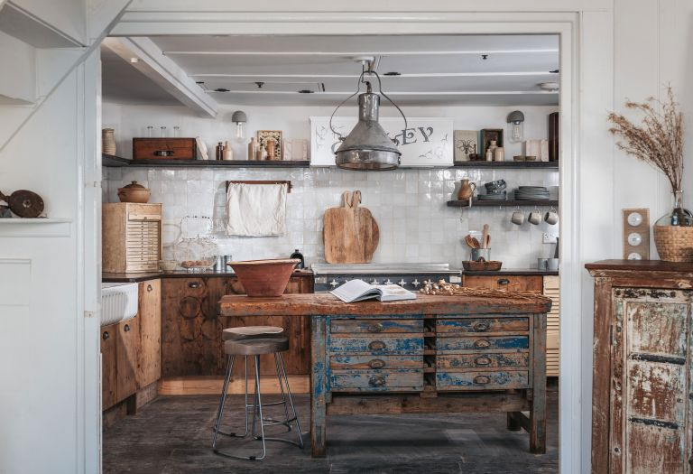 Rustic beach house in St Ives, Cornwall