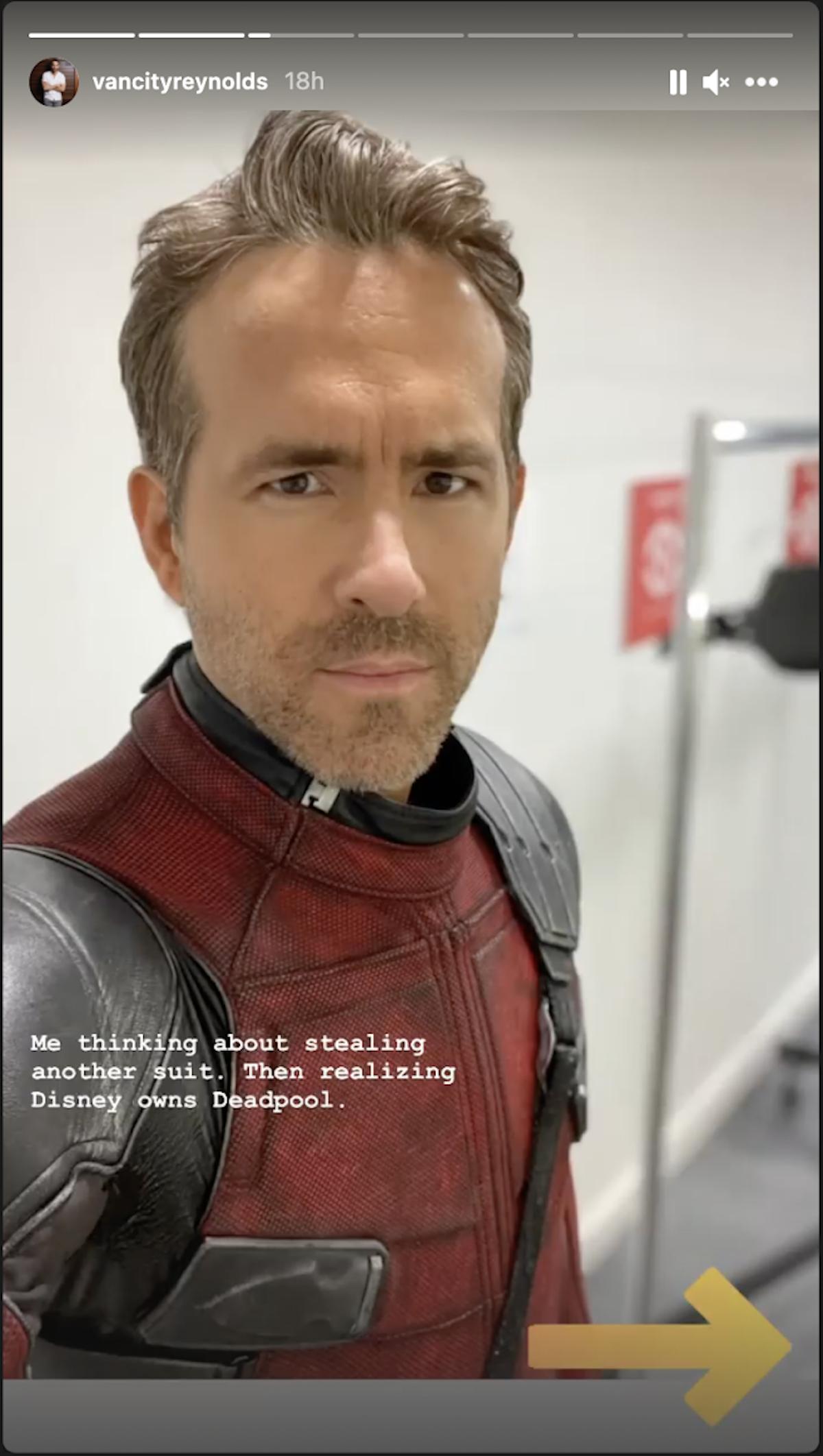 Ryan Reynolds thinking of stealing Deadpool suit.