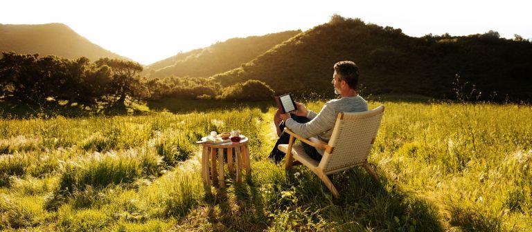 Amazon Prime Day Kindle Oasis outdoor