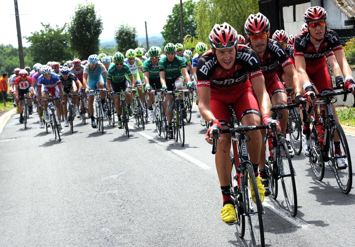 BMC Racing chase, Tour de France 2011, stage eight