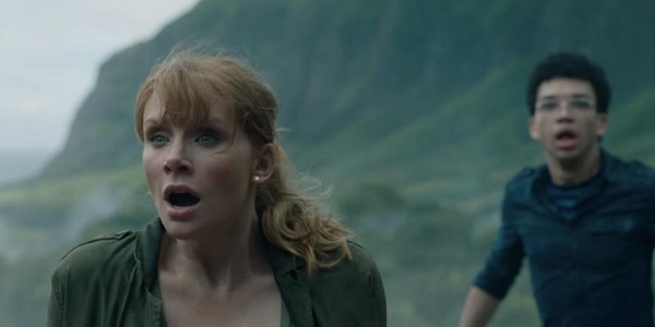 Jurassic World: Fallen Kingdom Bryce Dallas Howard and Justice Smith look shocked on the island