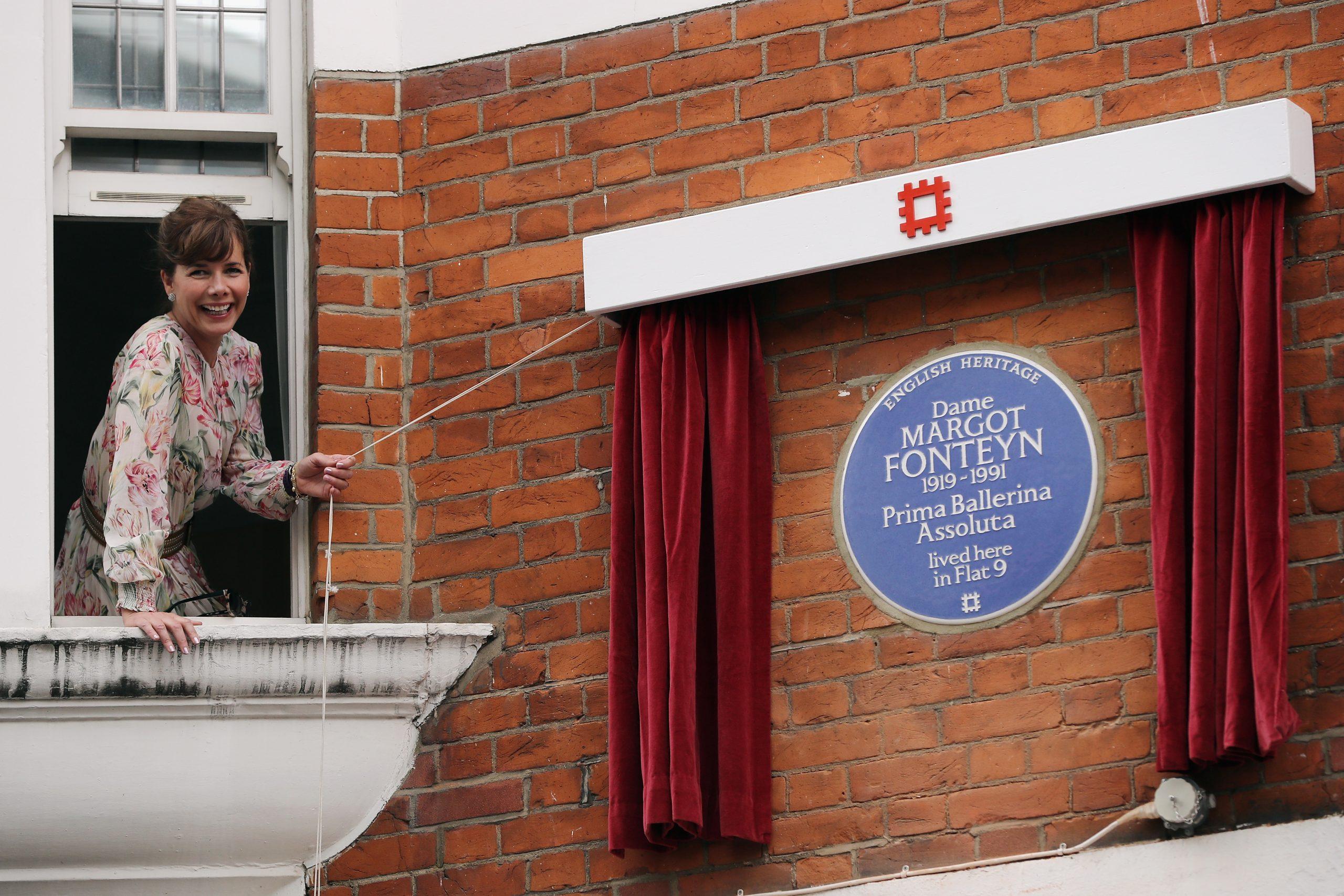 women blue plaque scheme