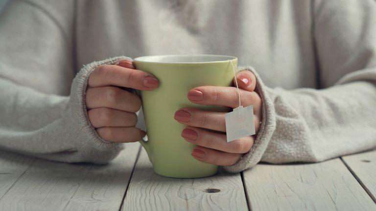 Green tea containing flavanoids