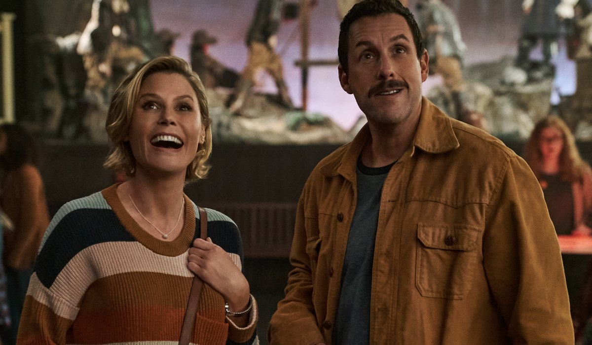 Hubie Halloween Julie Bowen and Adam Sandler having fun at the museum