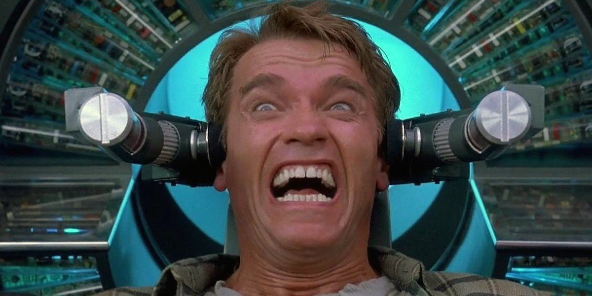 Arnold Schwarzenegger total recall grimace