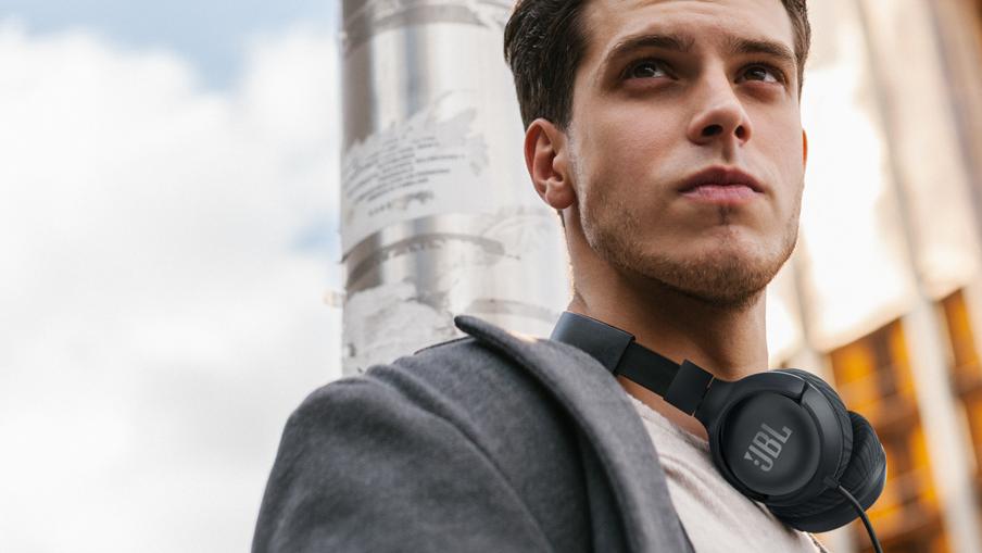 Best cheap headphones: JBL Tune 500 On-ear Headphones