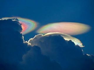 "A ""fire rainbow"" over South Florida."