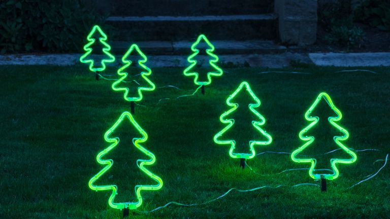 17 Best Christmas Tree Alternatives
