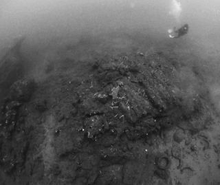 The Godavaya shipwreck in black and white