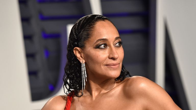 Tracee Ellis Ross attends the 2019 Vanity Fair Oscar Party hosted by Radhika Jones at Wallis Annenberg Center for the Performing Arts on February 24, 2019 in Beverly Hills, California