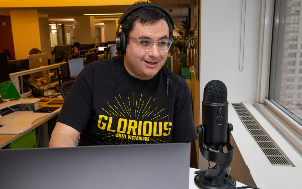 How to Start a Podcast: Tips, Tricks and Tech from the Pros