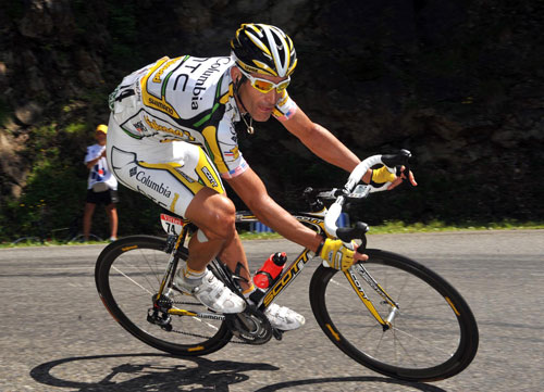 George Hincapie descends, Tour de France 2009, stage 8