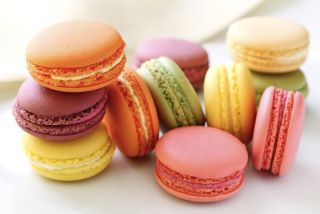Colorful macaroon cookies.