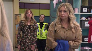 Laura Neelan is arrested in Coronation Street.